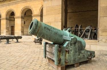 Artilerijos ekspozicija Šlovės aikštėje