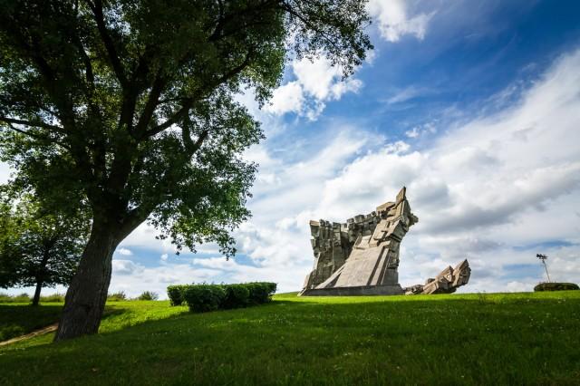 Atsisveikinimas su 30-ą jubiliejų švenčiančiu monumentu