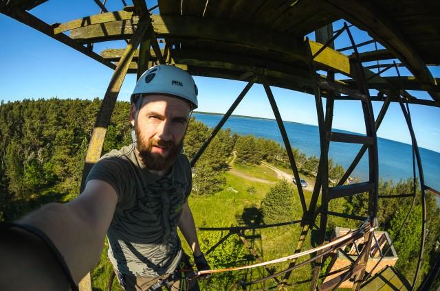"""Labas rytas! Selfis pasieniečių fortposto (1ПЗ """"Физмат"""") stebėjimo bokštelyje."""