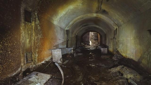 Tunelio erdvė nuo pertvaros