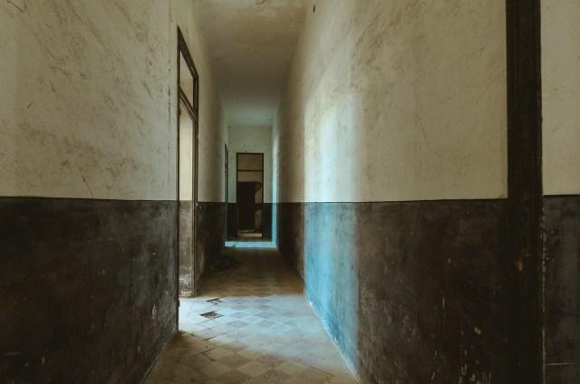Pradinės mokyklos koridorius