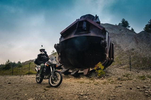 Kiek motociklų telpa šiame kauše?