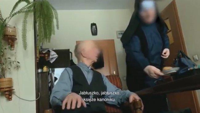 jabłuszko księże kanoniku pedofilia