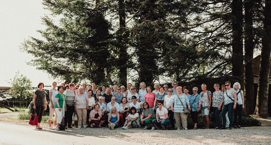 Besuchergruppe Nierswalder Kuhhof