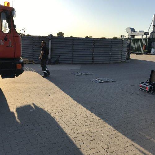 Maisernte 2019, Testphase mobile Waage, Einrichtung der mobilen Waage 02, Nierswalder Biogasanlage