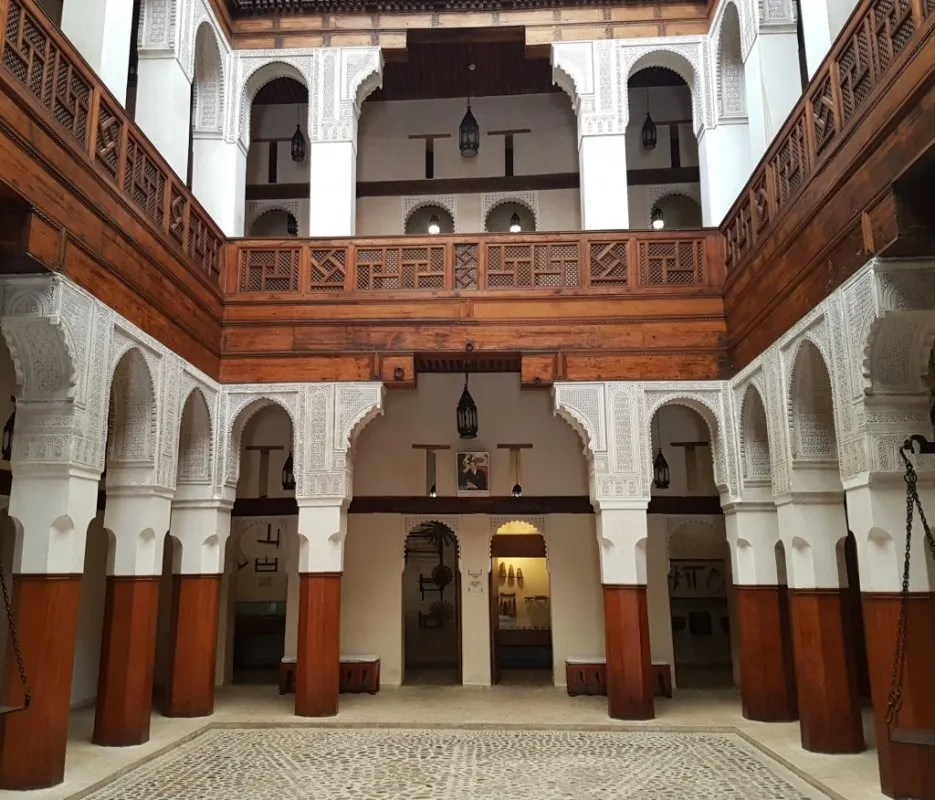 Tips Fez: houtmuseum Fondouk el-Neijarin