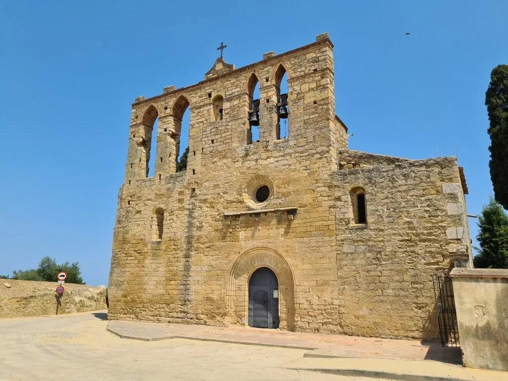 Middeleeuws Peratallada: kerk Sant Esteve