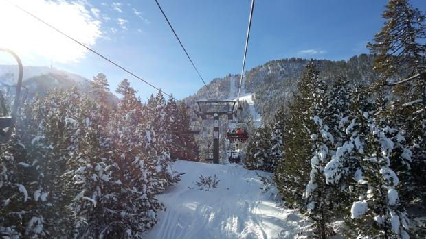 Nieve polvo en Masella