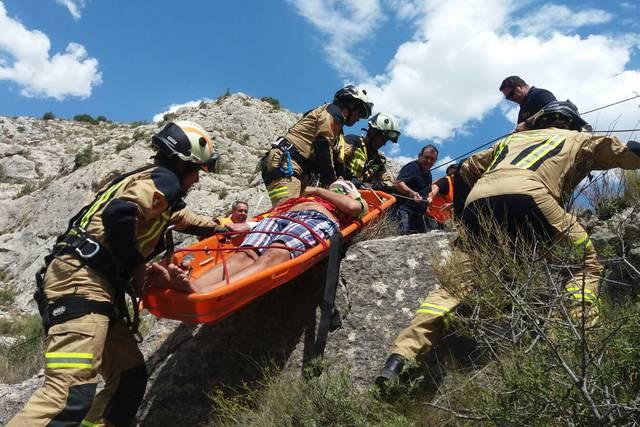 Los bomberos de la DPZ han rescatado al herido