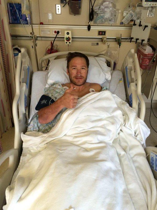 Bode Miller recuperándose tras ser operado de un tendón de la rodilla que se lesionó en una espeluznante caída en el Mundial de Beaver Creek