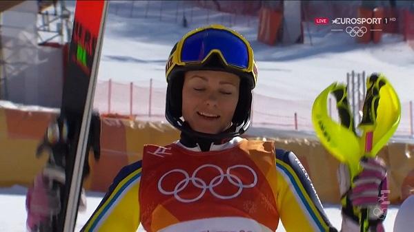 Frida Hansdotter ha logrado su mayor éxito deportivo a los 32 años en un slalom complicado y muy disputado