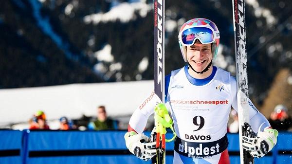 Marco Odermatt ha igualado los seis títulos mundiales junior que Henrik Kristoffersen obtuvo en cuatro Mundiales distintos. Al suizo le han bastado dos