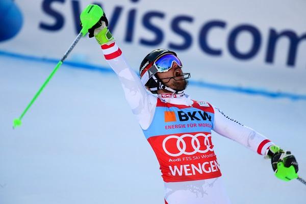 Marcel Hirscher tras cruzar la meta del slalom de Wengen como ganador. FOTO: Red Bull Pool