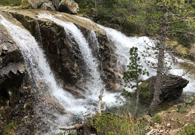 Los saltos de agua forman parte del escenario natural