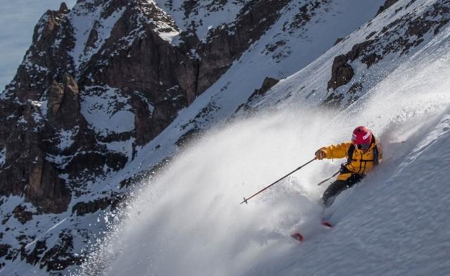Aymar Navarro durante uno de sus descensos en Sudamérica
