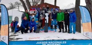 Regino Hernández fue el primero, le acompañaron al podio Lucas Eguíbar y Laro Herrero