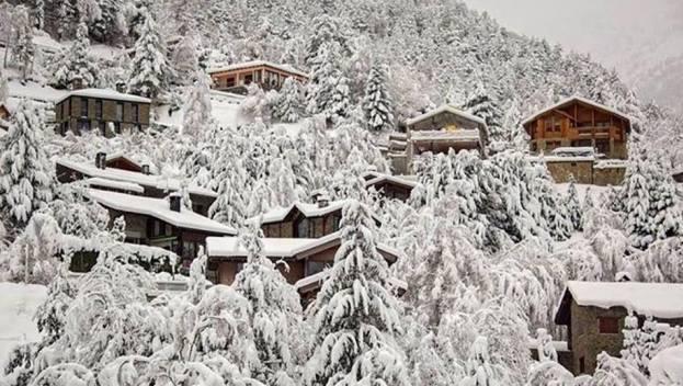 Así amanecen los pueblos pirenaicos, como la zona del Serrat (Andorra)