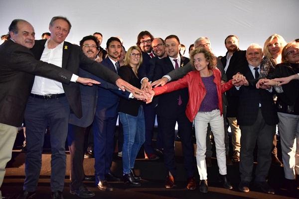 Políticos, federativos y representantes de estaciones, conjurados con la candidatura olímpica. FOTO: Toni Grases/@photoset.es