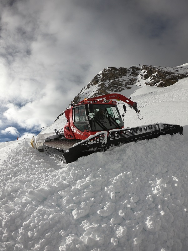 Todo a punto en Pal y Arinsal para que este sábado empiece la temporada de esquí