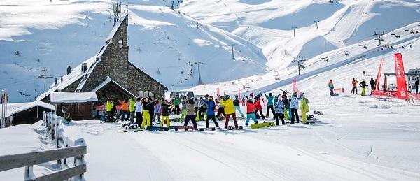 Boí Taüll arranca el sábado con unas condiciones de nieve excepcionales y gestionado directamente por la Generalitat