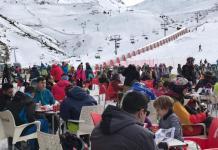 La nieve y los esquiadores no han faltado a la cita inaugural
