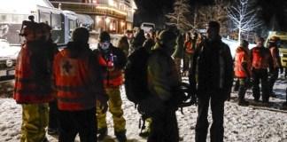 Un equipo de búsqueda y rescate en Troms esta mañana (Imagen: Lehtikuva)