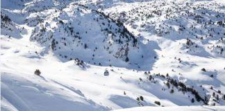 La estación presenta buenos gruesos de nieve y se encuentra abierta al 100%