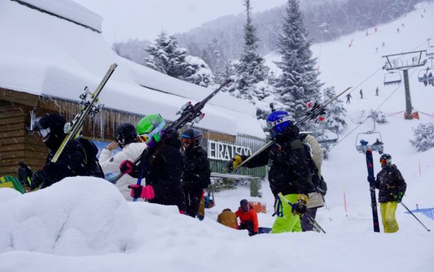 La nieve de los últimos días ha disparado las ganas de esquiar