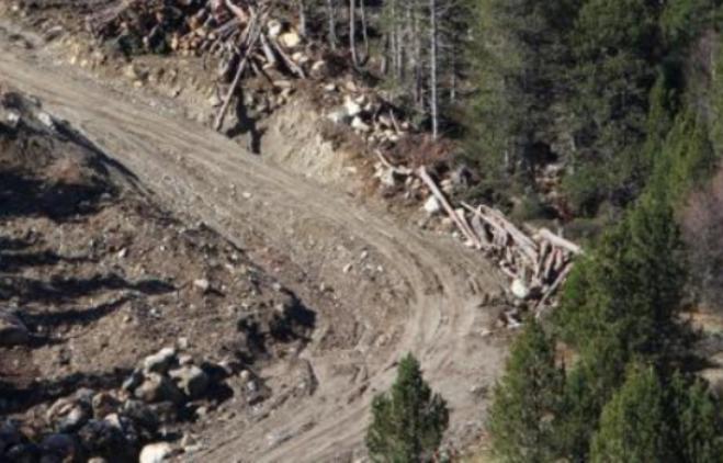 La nueva pista hasta el peretol de Grandvalira ya es visible desde la carretera