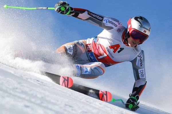 Kristoffersen decepcionó con su 18º puesto en el gigante de Soelden. FOTO: @Henrik.Kristoffersen.Alpin