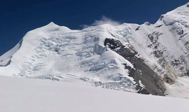 Una imagen del pico Himlung