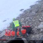 Momento del rescate en el Mulhacén