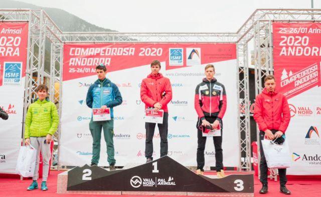 Vertical race podio masculinof