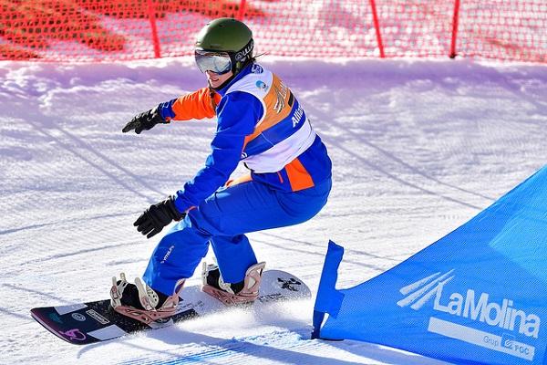 La Molina ya lo tiene todo a punto para la Copa del Mundo IPC de snowboard. En la imagen, Astrid Fina. FOTO: @Luc Percival