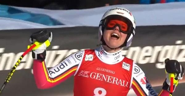 Primera victoria en descenso de Rebensburg, que pone fin a una racha de resultados negativos.