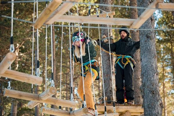 La demanda de actividades para no esquiadores ha subido un 86%. FOTO: Martin Imatge