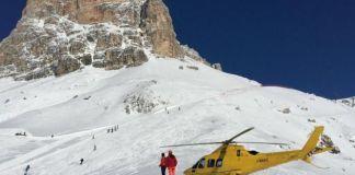 Imagen de uno de los rescates de esquí de montaña cerca de Cortina (Italia)