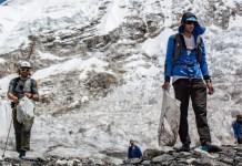 Jornet durante la limpieza de la cascada de hielo de Khumbu