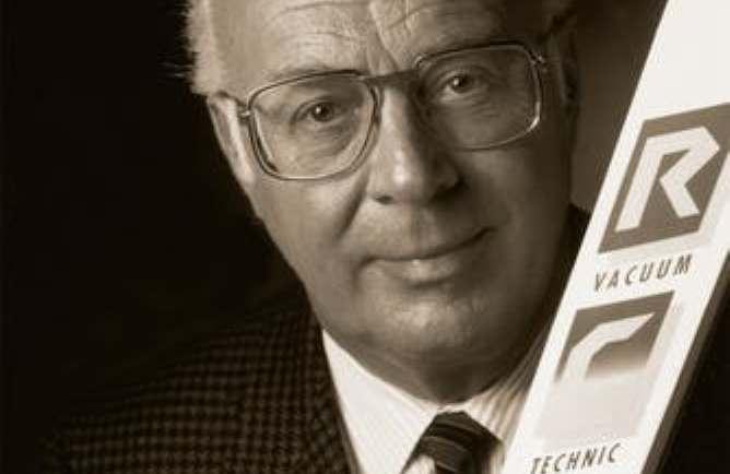 Josef Fischer, de apenas 30 años, asumió la dirección de la empresa junto con su hermana en 1959
