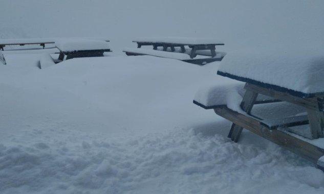 refuge des Estagnous (c)au pied du Mont-Valier à 2240m (09) thomas blanchard