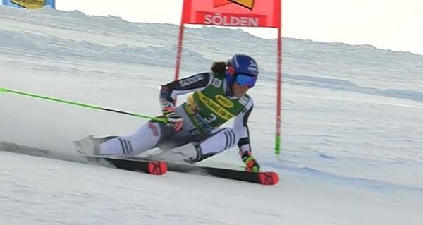 Shiffrin ve como favorita a Petra Vlhova en los dos slaloms de este fin de semana en Vlhova.