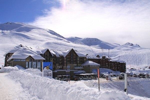 Peyragudes, junto a Piau Engaly, Saint Lary y Val Louron integran la Pyrénées 2 Vallées.