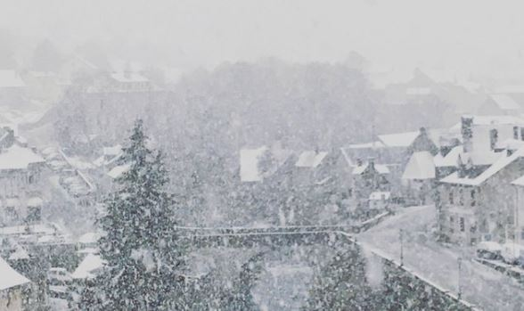 Pirineos franceses, nieve a 700 m
