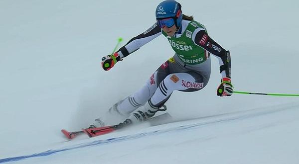 Petra Vlhova ha sido la más rápida en la primera manga del gigante de Semmering, prueba que ha sido anulada por el fuerte viento.