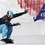 Lucas Eguíbar, en la prueba de la Copa del Mundo de snowboard cross de Baqueira en 2019