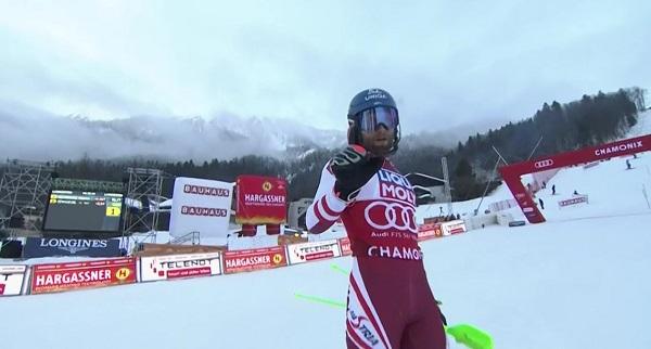 Scwarz ya acaricia su primer Globo de slalom.