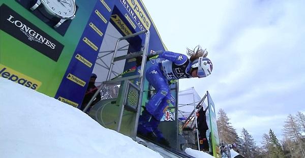 Marta Bassino se ha llevado el oro tras empatar a tiempos en semifinales y en la final.