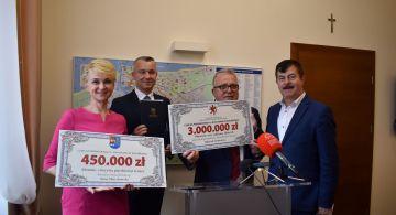Wylotowa z dofinansowaniem: 450 tysięcy i 3 miliony złotych