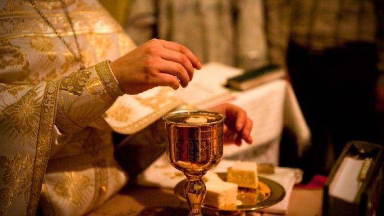 Θεία Λειτουργία για παιδιά με επεξηγηματικές παρεμβάσεις στον Ι.Ν. Παναγίας Πρασίνου Λόφου