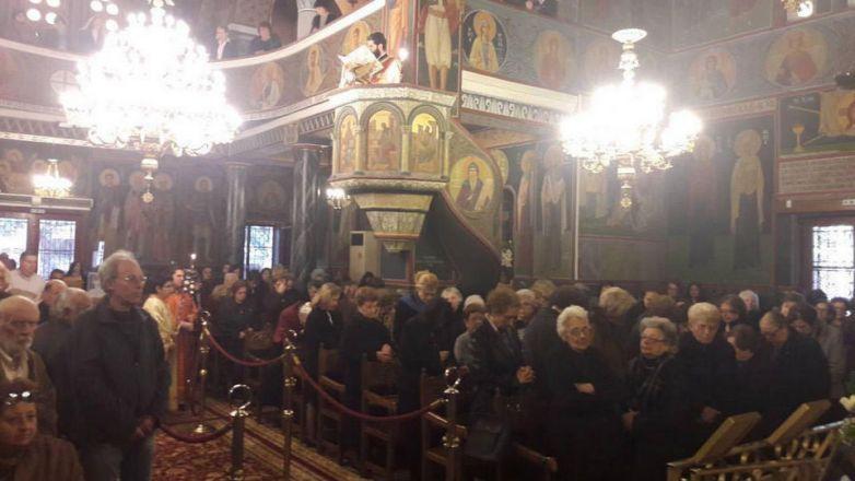 Αρχιερατική Θεία Λειτουργία στην Αγ. Τριάδα Ηρακλείου Αττικής